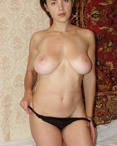 Русские мамаши с удовольствием позируют голыми